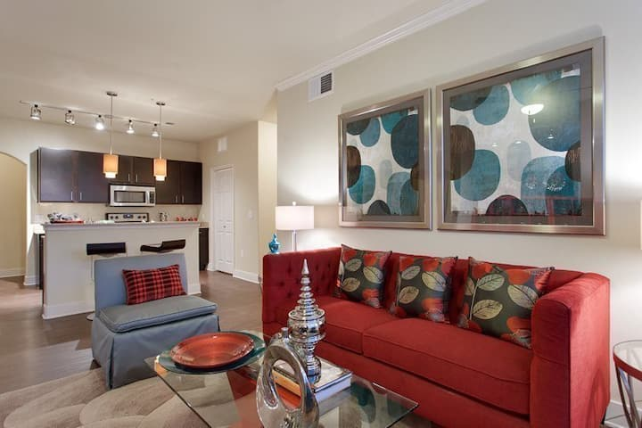 Stay in a place of your own | 2BR in Austin