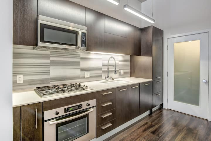 Clean, comfortable apartment   1BR in Los Angeles