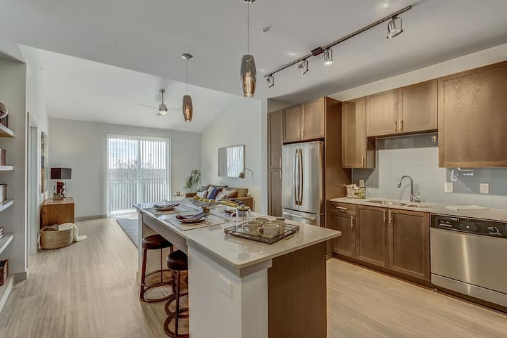 Relax in your home away from home | 1 BR in Fort Worth