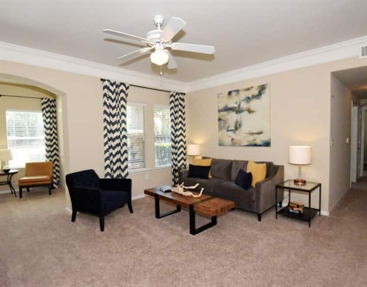Clean apartment home | 1BR in Houston
