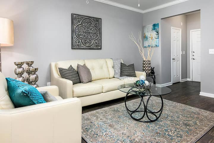 Clean apt just for you | 2 BR in Live Oak