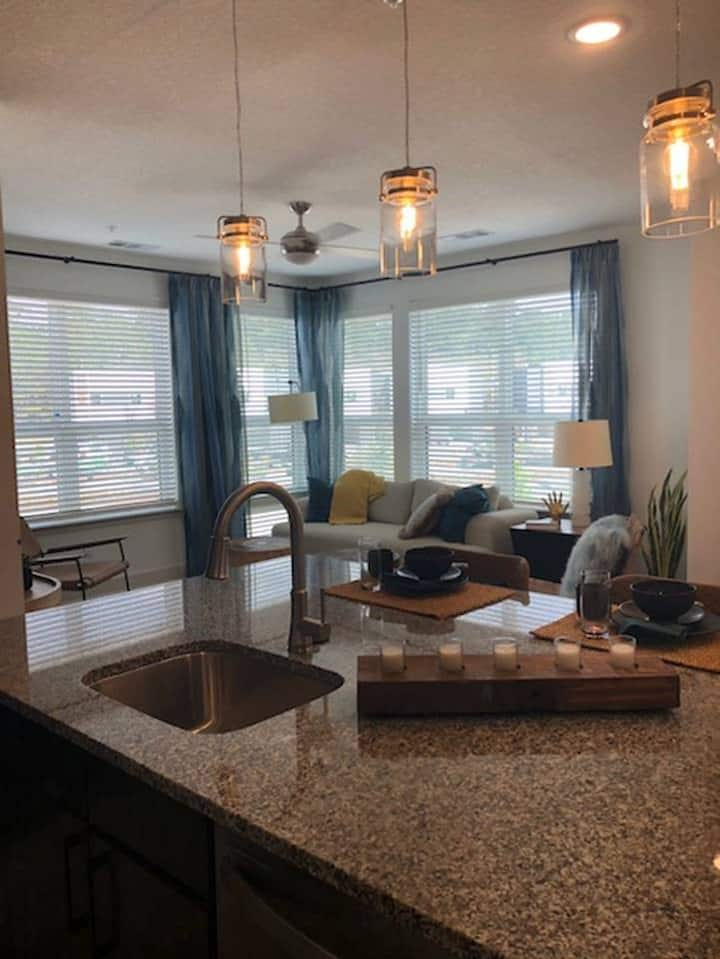 Live + Work + Stay | 2 BR in Jacksonville