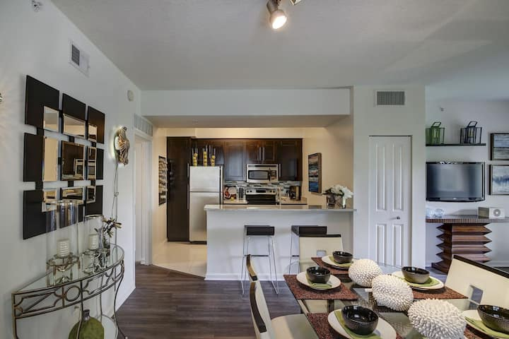 Stay in a place of your own | 2BR in Ft Lauderdale