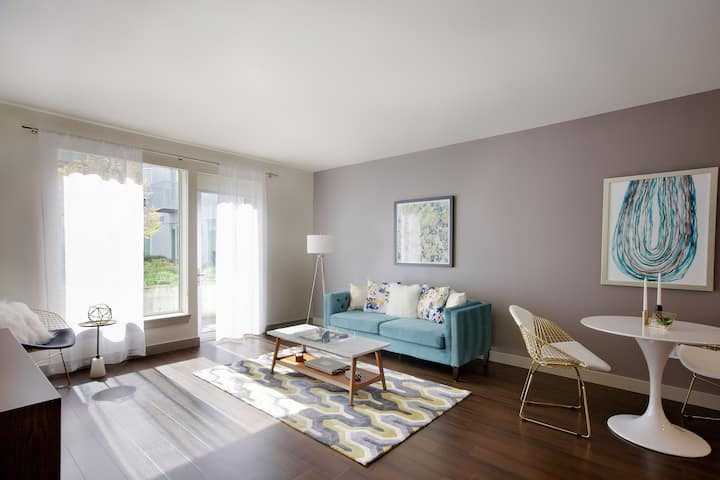 Upscale apartment home | 1BR in Portland