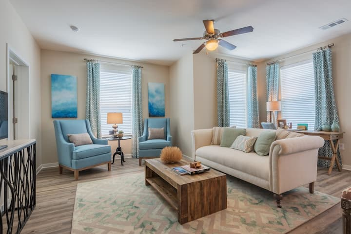 Clean apt just for you | 2BR in Mt. Pleasant