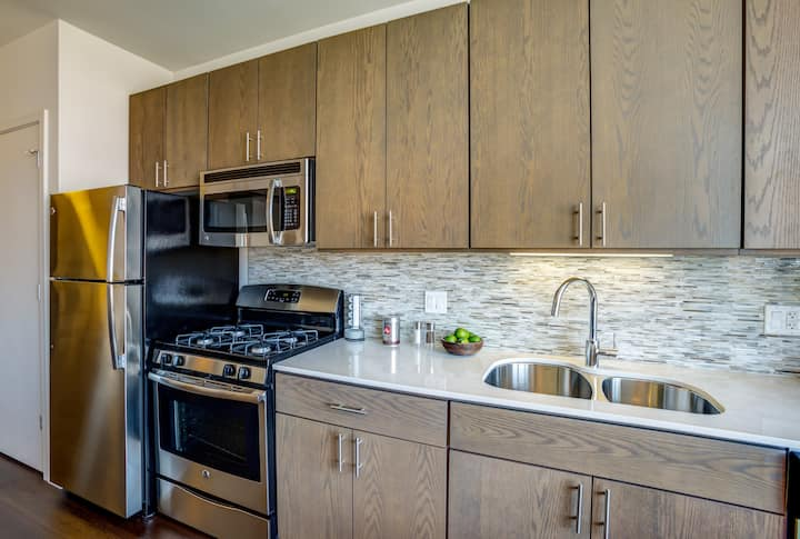 Homey place just for you | 2BR in Evanston
