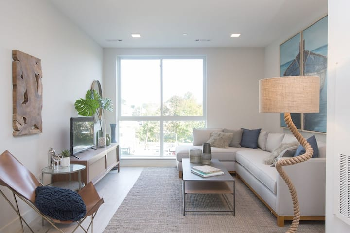 Well-equipped apartment home | Studio in Revere