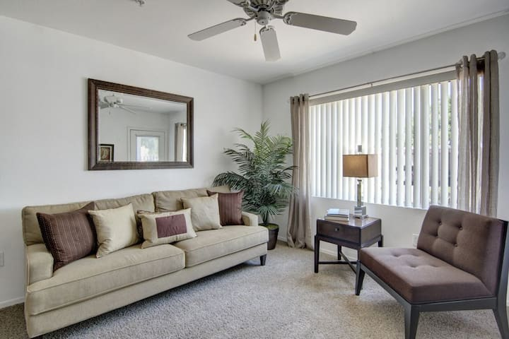 Homey place just for you   1BR in Phoenix