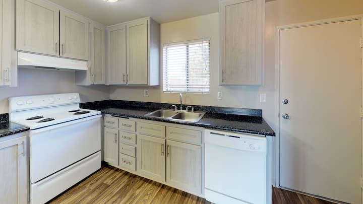 Homey place just for you | 1BR in El Cajon