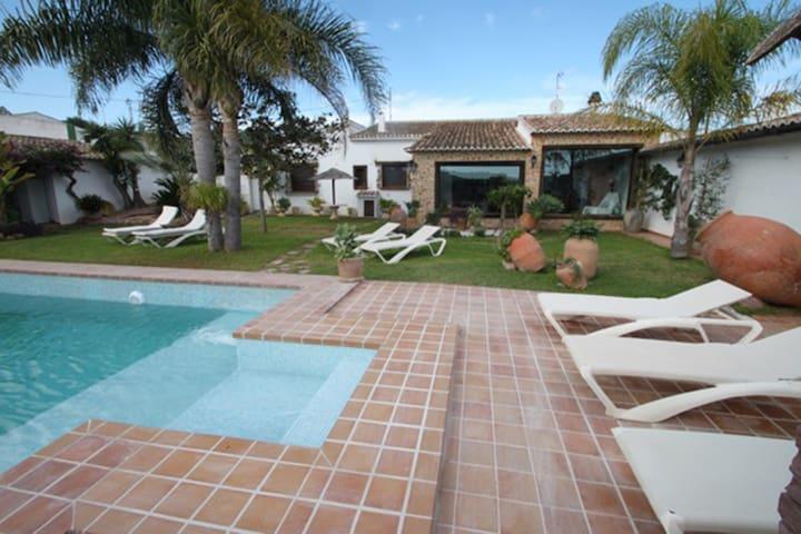 La Coma Villa with private pool - Alicante