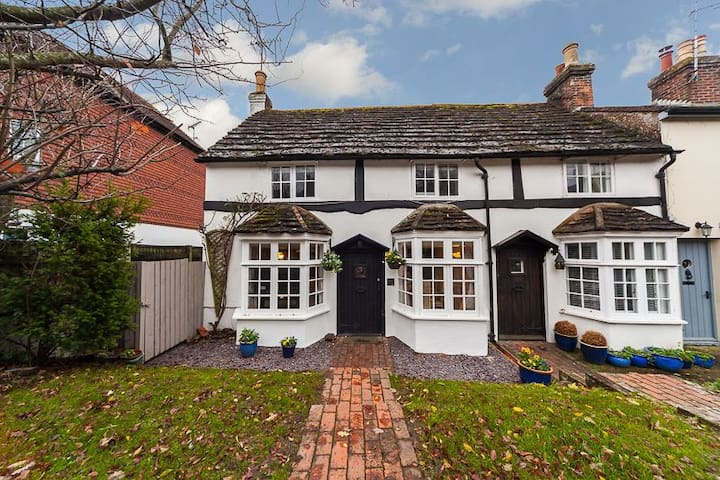 Lower Street Cottage , Pulborough