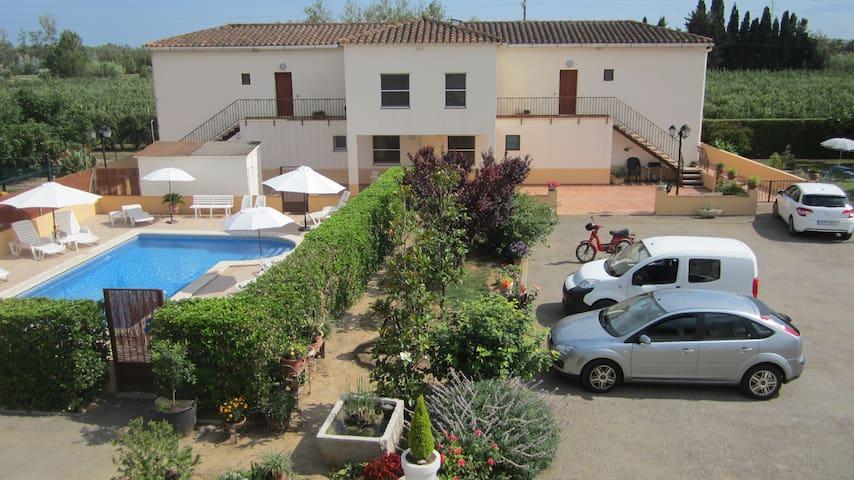 Apartament Mas Julià - Sant Pere Pescador - Apartamento