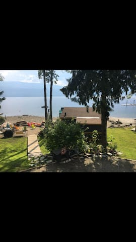Waterfront Cabin for Rent on Shuswap Lake BC
