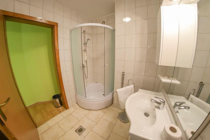 Apartments Crvena jabuka 4