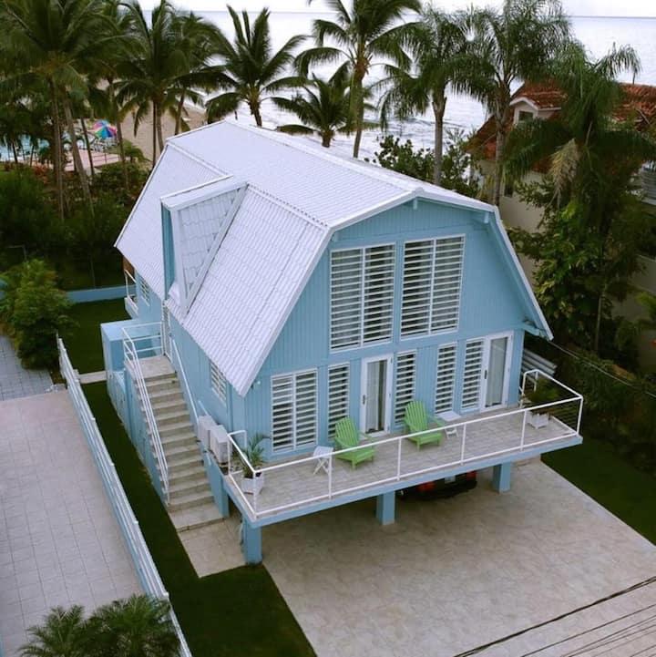 Charming Beach House, Amazing Direct Ocean Views