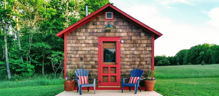 Charming One-Room Cabin, Scarlet Tanager