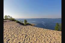 Sandbanks Dunes Beach on West lake