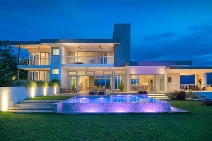 Meridian House - Savegre - Villa
