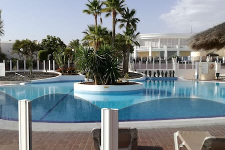 Private Room heated pool Golf del Sur