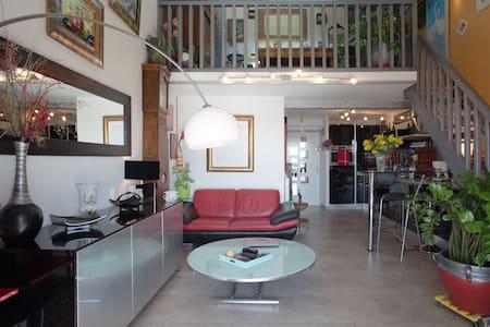 Duplex, cosy, vue sur mer. - Sanary-sur-Mer - Apartamento