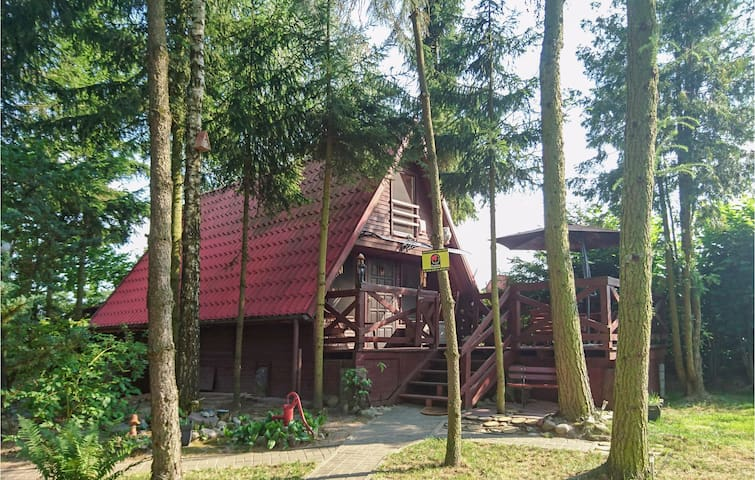 Holiday cottage with 2 bedrooms on 52m² in Boreczno