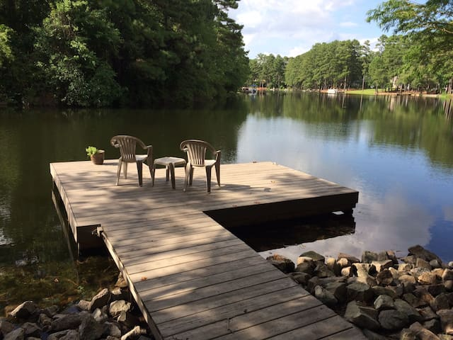 Pine Lake Retreat - Whispering Pines - Otros