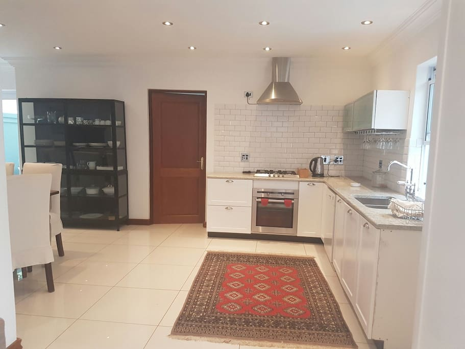 Open plan fully equipped  kitchen for comfortable living. Dishwasher.