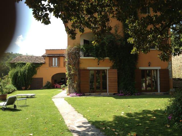 B&B VILLA IRIS Attico a Salò - Salò - Apartamento