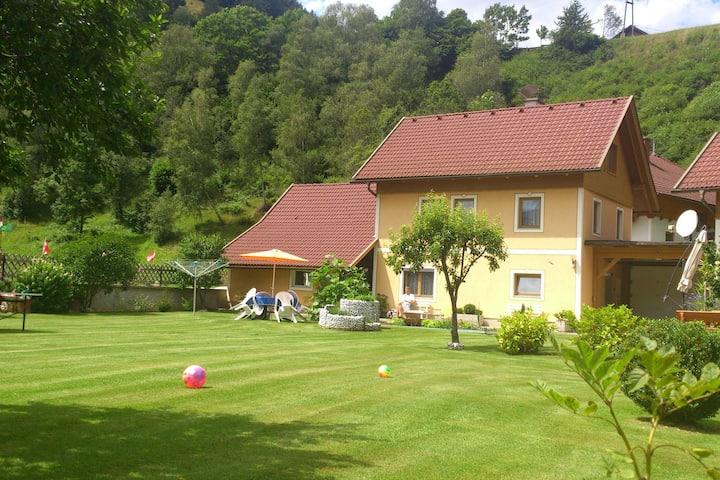 Apartment in Rennweg am Katschberg with Garden & Parking