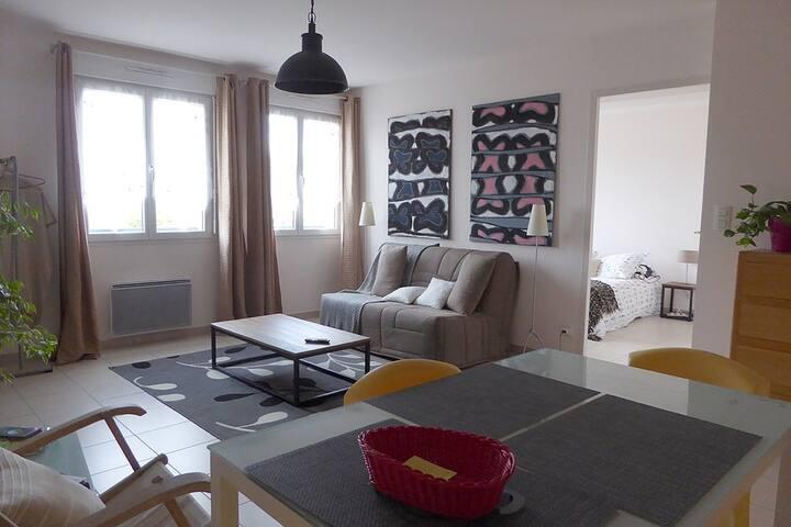 2 Pièces - Chauffailles 71170 - Chauffailles - Wohnung