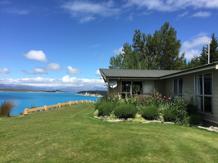 Pukaki Lakeside House - Fantastic Views