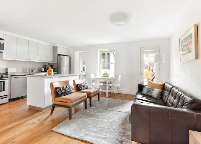 Carroll Gardens Gem-2BD with Garden