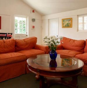 Your own wine country bungalow - Sebastopol