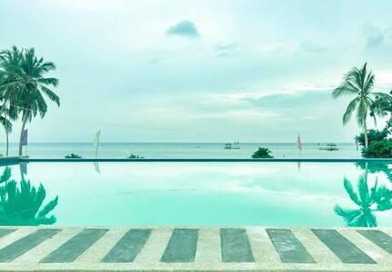 Zandra's Beach Resort