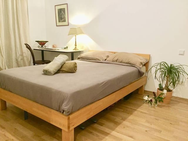 Comfortable & Silent stay // FHAIN XBERG MITTE