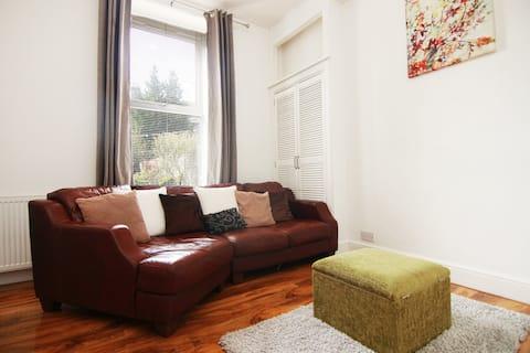 Stylish modern city centre apartment