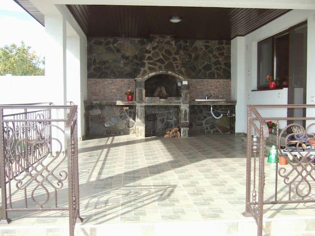 Casa spatioasa si confortabila!!!2 camere - Corbeanca - Dom