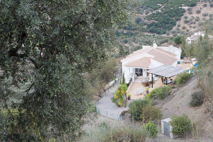 Casa almendra - villa with pool, wonderfull view