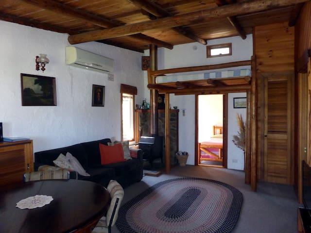 Cottage #1 Lounge room/Dining