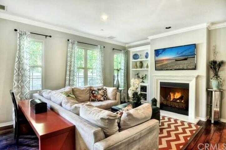 全美最安全城市尔湾温馨舒适安静又漂亮的双人房带独立衣帽间卫生间 - Irvine - Bed & Breakfast