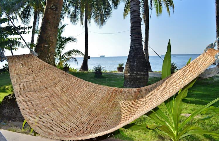 Siargao Island Beach Apartment (4 Guests)