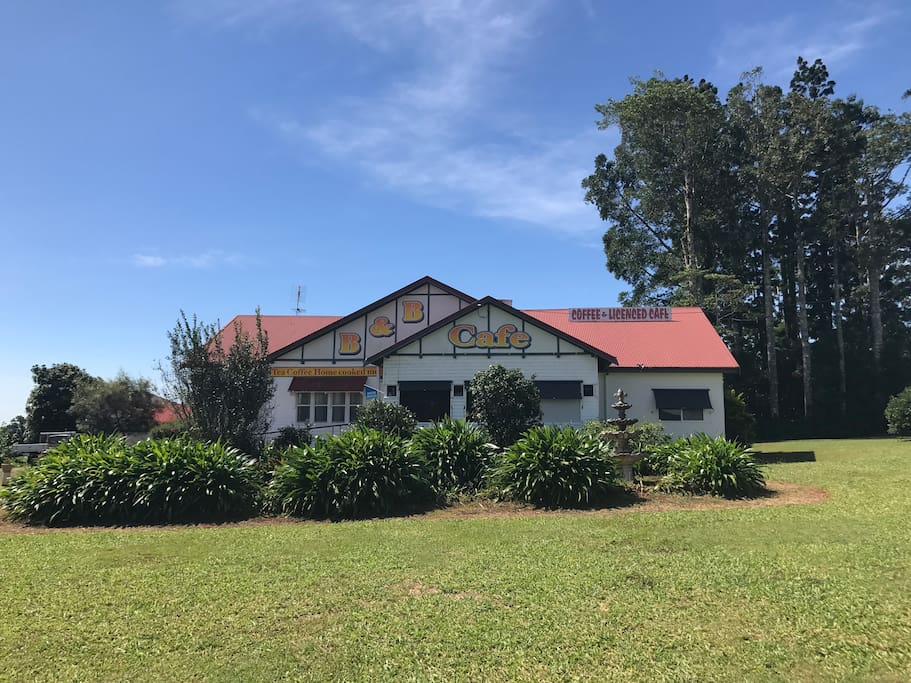 Atherton Bed And Breakfast