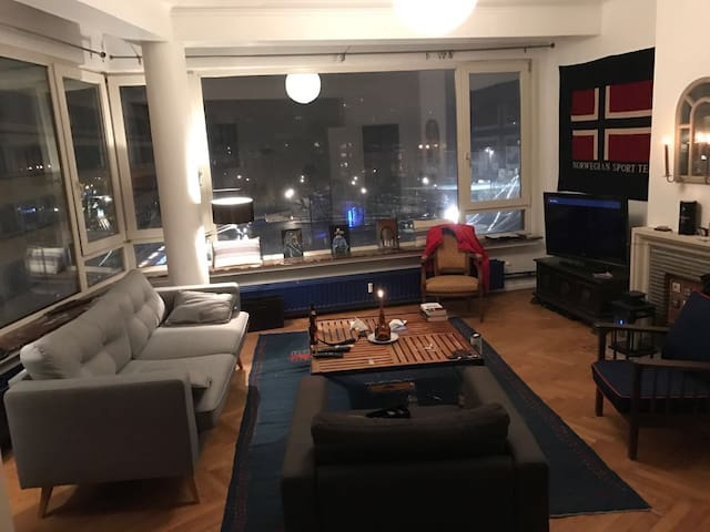 Single bedroom in a nice apartment
