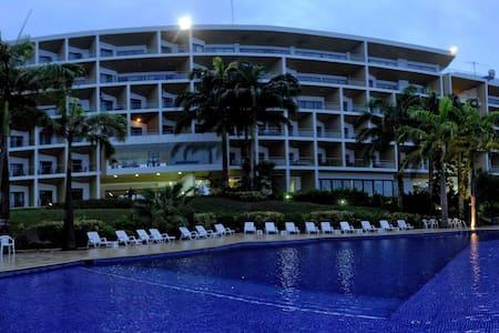 Suite en Tonsupa en Makana Resort frente al mar - Tonsupa - Kondominium