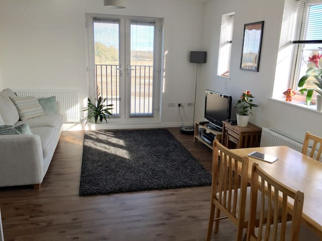 Cosy double room in new apartment. - Bletchley - Leilighet