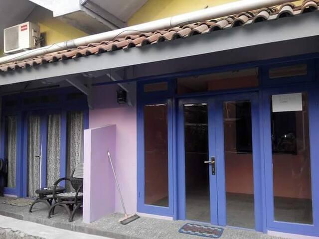 Rambutan  apartment close to bus terminal