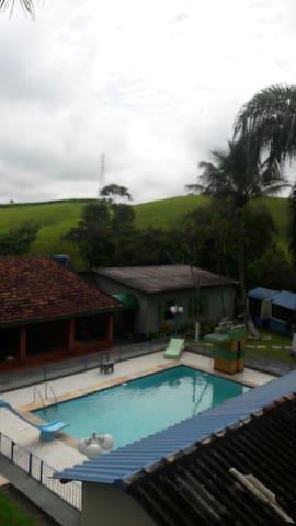 Pousada em Santa Isabel - Local para família