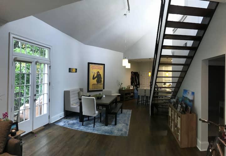 Modern spacious 2br condo steps from Piedmont Park