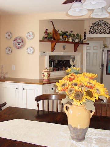Tuscan Hills Bed and Breakfast - Milford - Bed & Breakfast
