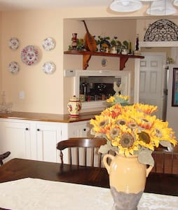Tuscan Hills Bed and Breakfast - Milford